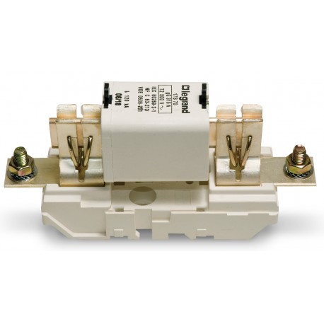 Fuse Base for fuses with 125 to 200 Amp Max Power